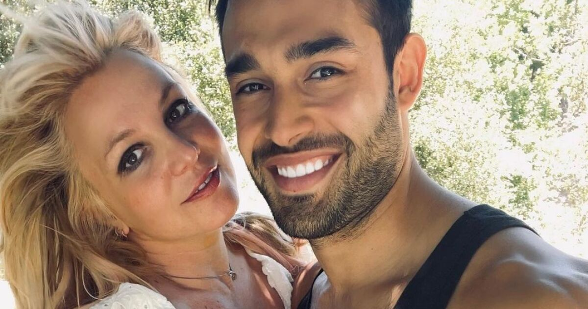 Britney Spears doesn't want her dad to get in the way of her prenup with Sam Asghari