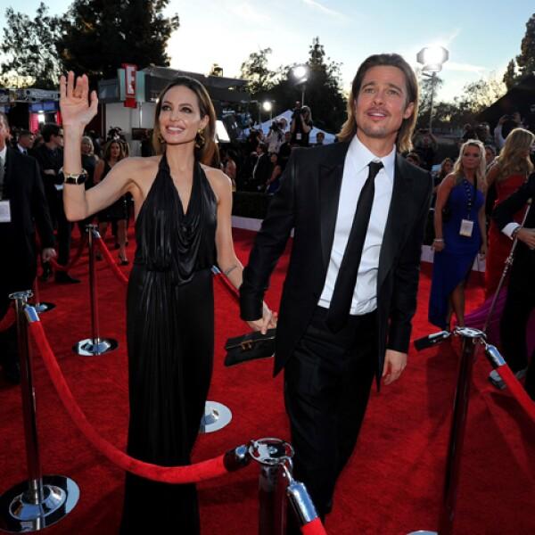 Los reyes de Hollywood. Desde que comenzaran su relación, Angelina Jolie y Brad Pitt han conquistado titulares, consiguiendo hasta $50 millones de dólares en un año.
