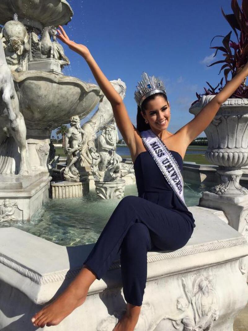 No cabe duda, Paulina Vega es toda una belleza, pero sus primeras fotos oficiales podrían haber revelado que la colombiana tiene un detalle no tan estético en su pie izquierdo.