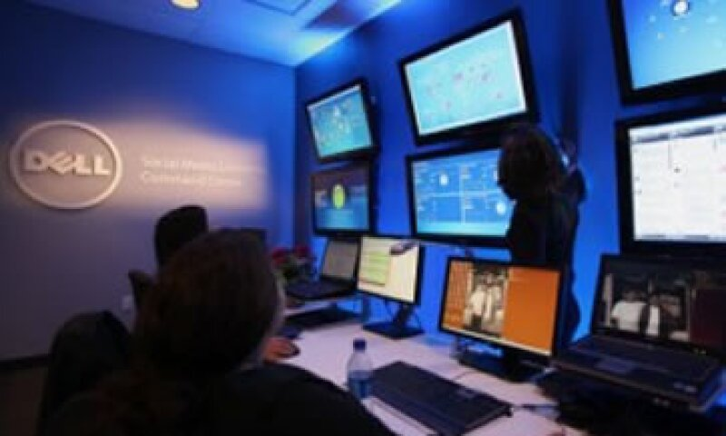 En el centro de control y comando de medios sociales de Dell se procesan 25,000 eventos sociales al día.  (Foto: Cortesía Fortune)