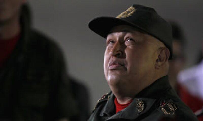 Éste es el último intento de Hugo Chávez, quien buscará un nuevo mandato de seis años en las elecciones de 2012 para poner al alcance de los venezolanos productos a precios bajos. (Foto: AP)