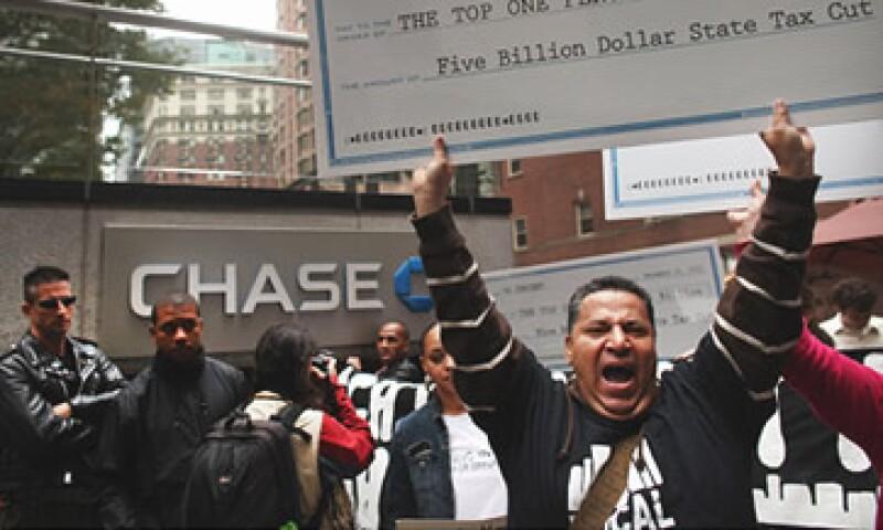 Los indignados deben cortejar a las grandes instituciones financieras de EU para lograr cambios. (Foto: Cortesía CNNMoney)