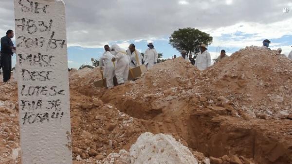 Ciudad Juárez inhuma más de 100 cuerpos que no fueron reclamados por familiares