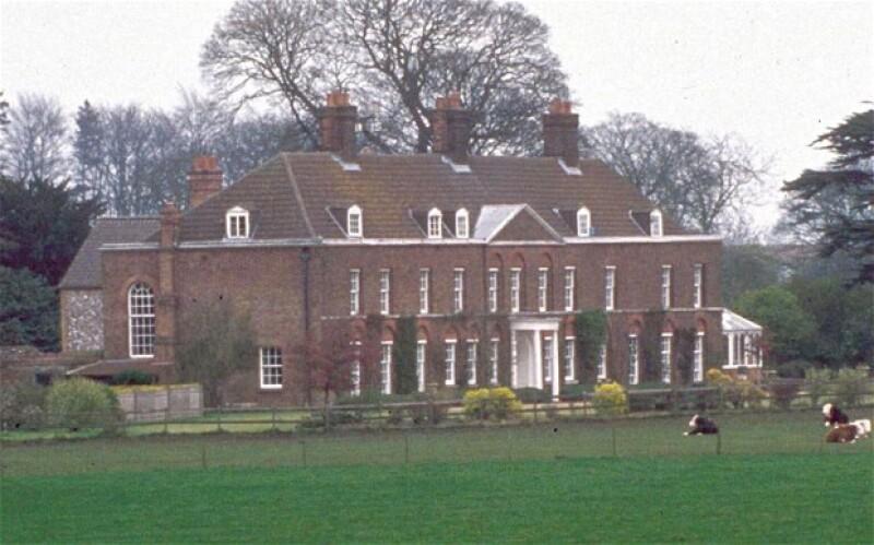 La residencia Anmer Hall fue obsequiada por la reina a la pareja Real.