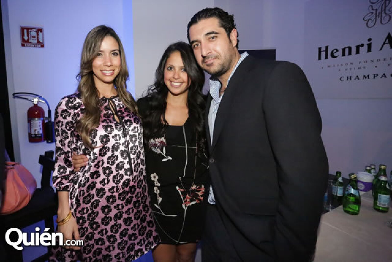 Ximena Cuervo,Gabriela Barreda,Jorge Abed