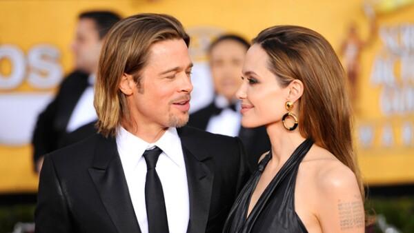 Brad Pitt y Angelina Jolie anunciaron su boda después de siete años de relación.
