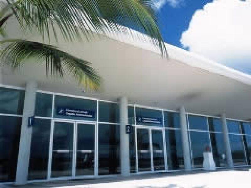 El aeropuerto de Cozumel registró una caída de 12% en tráfico de pasajeros en enero. (Foto: Cortesía)