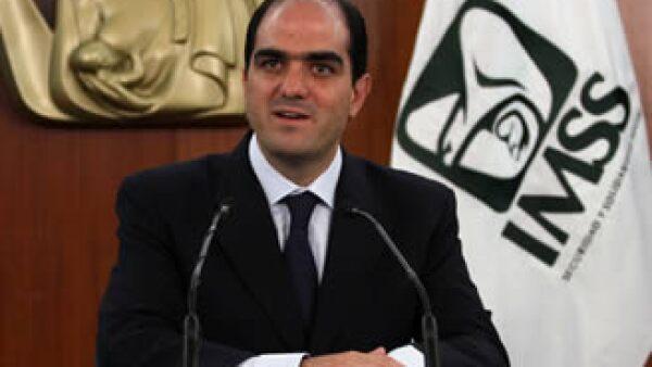 Daniel Karam, titular del IMSS, descartó cambios en los pagos a los pensionados. (Foto: Archivo Notimex)