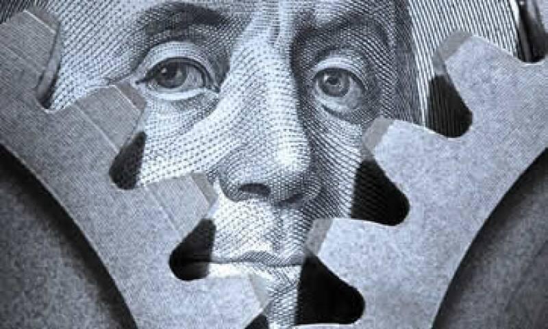 La aparente debilidad de la economía estadounidense y la fortaleza del euro pegan al dólar. (Foto: Getty Images)