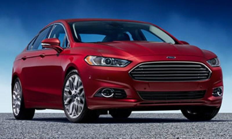 Ford llamará a revisión 7,055 modelos Fusion por una posible falla en el tanque de combustible.(Foto: De CNNMoney )