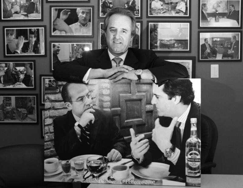 El hijo del artista colombiano entrevistó a varios ex presidentes de México como Felipe Calderón, Carlos Salinas de Gortari y Vicente Fox.