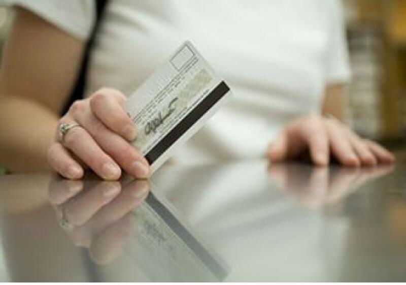 Quien tiene deudas debe realizar un presupuesto de manera real y objetiva, sugieren especialistas. (Foto: Jupiter Images)