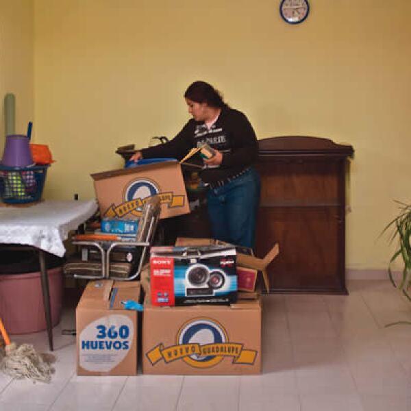Los pacientes tenían que cubrir una cuota diaria de hasta 2,000 pesos en el hospital. Mientras el esposo de Fabiola estaba en el hospital, ella tomó la decisión de abandonar su hogar a falta de ingresos para pagar la renta.