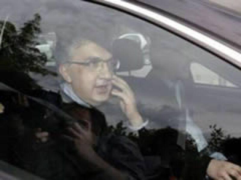 El directivo de Fiat abandona la cancillería berlinesa tras su entrevista con Angela Merkel. (Foto: Reuters)