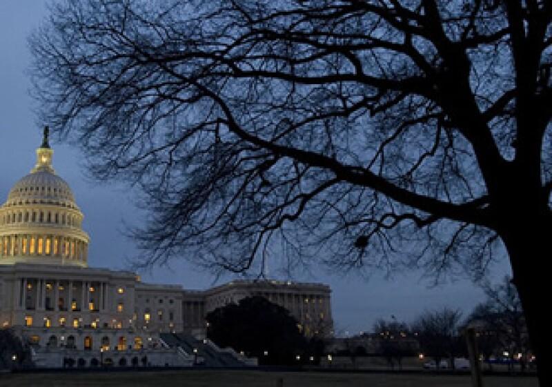 Falta que los legisladores aprueban 12 propuestas de ley de asignación para que las apruebe el presidente. (Foto: CNNMoney.com)