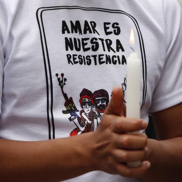 """""""Amar es nuestra resistencia"""""""