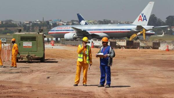 M�s y mejores aeropuertos