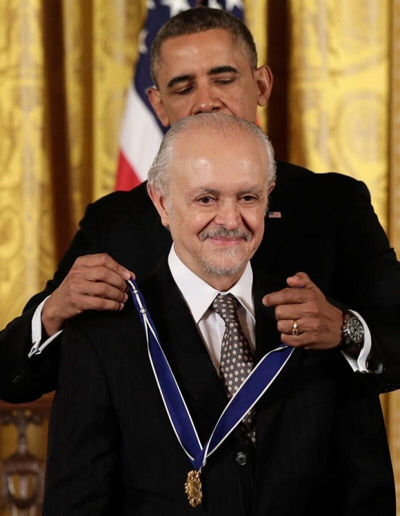 Mario Molina fue reconocido por su labor científica sobre el impacto negativo que causan en la capa de ozono las emisiones de carbono.