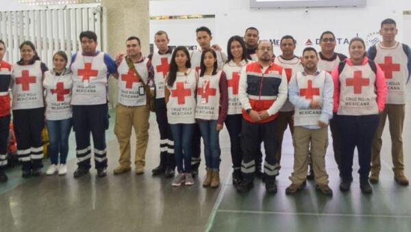 Estos son los rescatistas de Cruz Roja Mexicana que ayudarán en desastre por Har