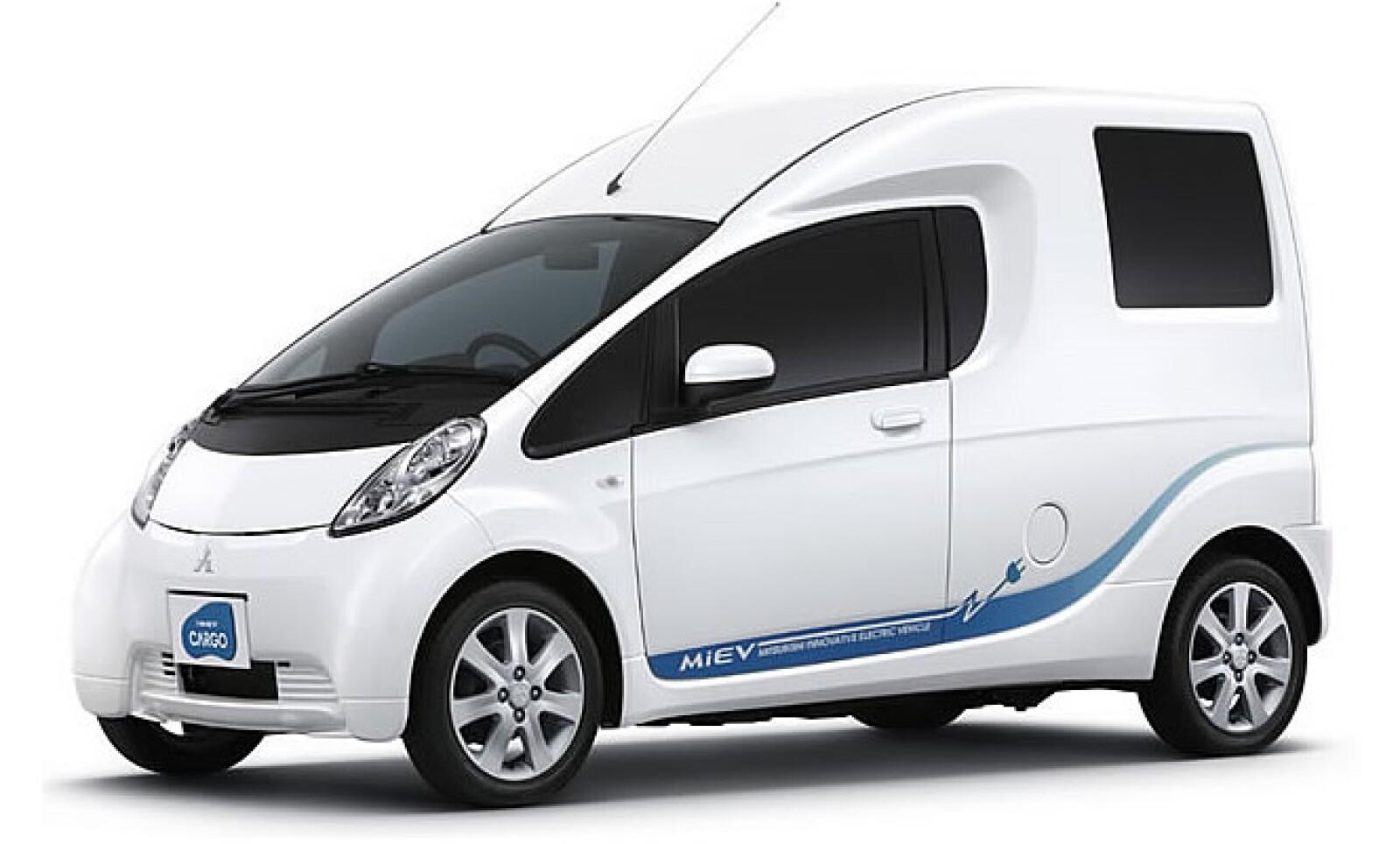 El reparto de carga ya no será igual después del i-MEV de Mitsubishi, el cual puede recorrer hasta 160 km con su batería.