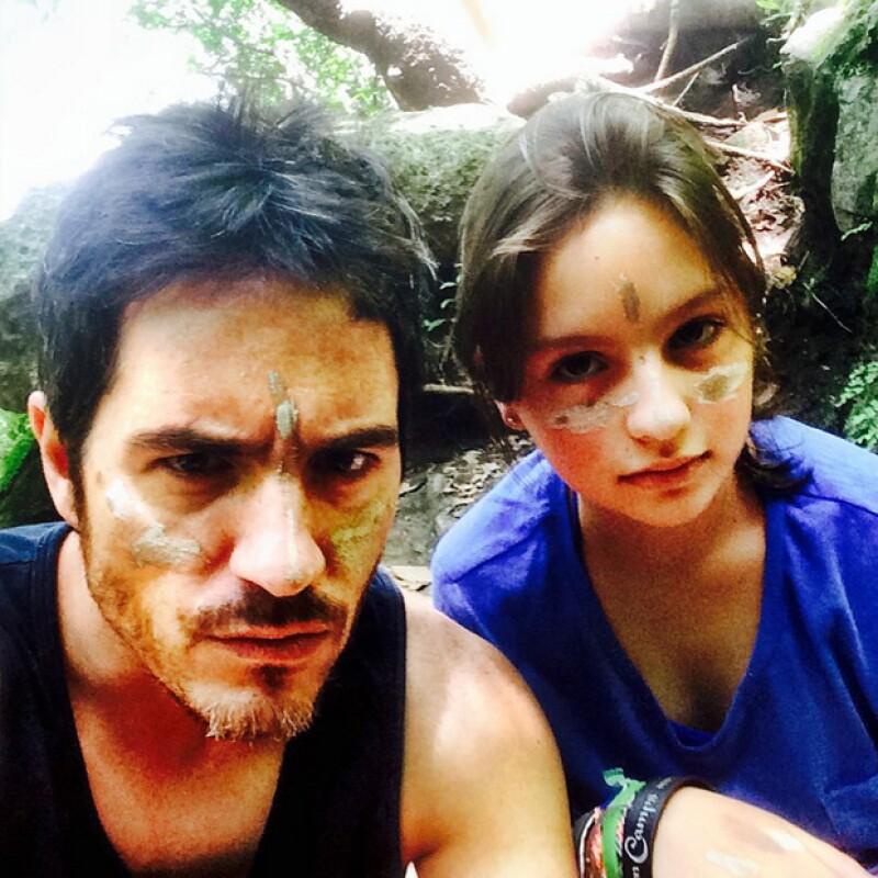 El actor se divierte con su hija Lorenza, fruto de su relación con María José del Valle.