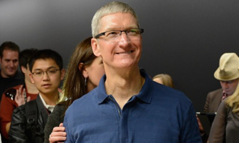 Tim Cook podría presentar un nuevo iPhone en tres tamaños diferentes: expertos. (Foto: tomada de cnnmoney.com)