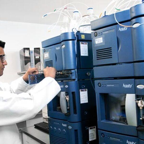 Con el uso de PLC se comprueba  que funciona el activo químico de los medicamentos.