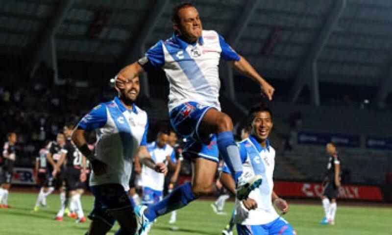 El futbolista se despide este martes del futbol para dedicarse a su campaña política. (Foto: Cuartoscuro)