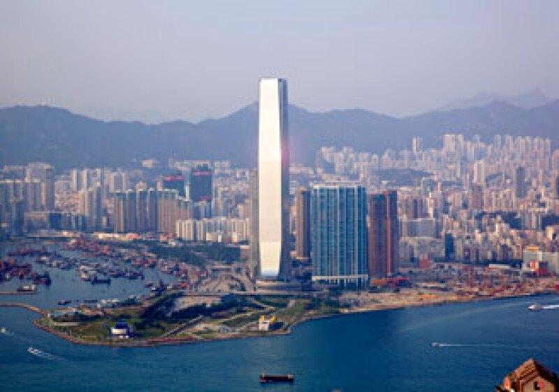 El hotel más alto del mundo está situado entre los niveles 102 y 118 del Centro Internacional de Comercio de Hong Kong. (Foto: Cortesía Kohn Pedersen Fox Associates PC)