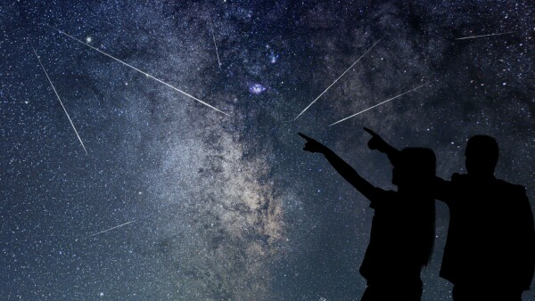 Lluvia de estrellas cielo meteoros perseidas