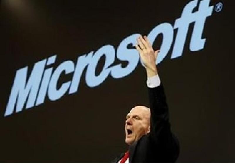 Microsoft, que dirige Steve Ballmer, cerró una alianza con Yahoo! en el área de búsqueda de publicidad y búsquedas. (Foto: Reuters)