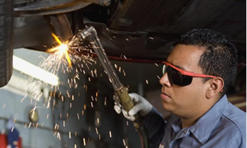 Chihuahua, Nuevo León y Baja California son las entidades que más registraron personal ocupado en la manufactura, en empresas adscritas al programa IMMEX. (Foto: Thinkstock)