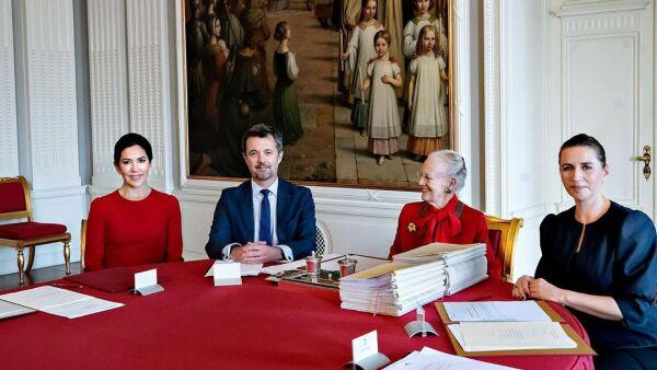 Reina Margarita II y Mary de Dinamarca