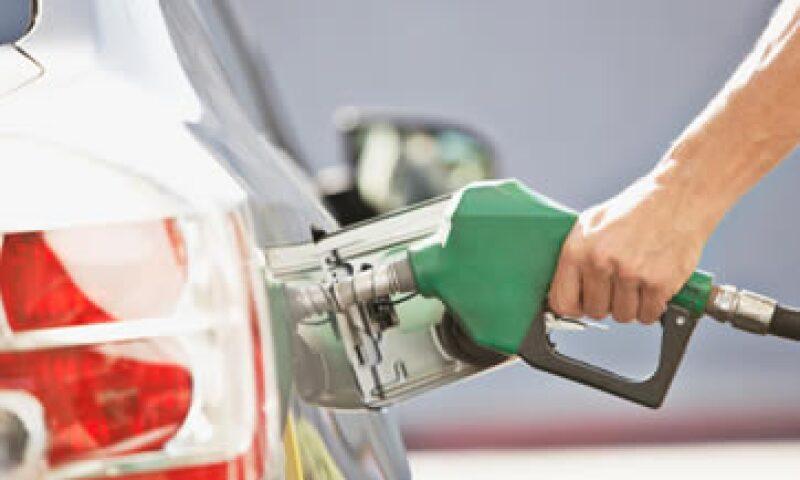 El gasolinazo, que se aplica cada mes, busca atenuar los efectos de las variaciones en los precios internacionales del petróleo. (Foto: Getty Images)