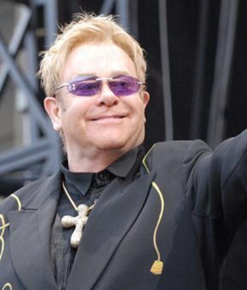 El cantante realizará una gira benéfica por Latinoamérica el próximo año.