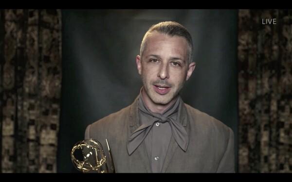 JeremyStrong_Emmys2020.jpg