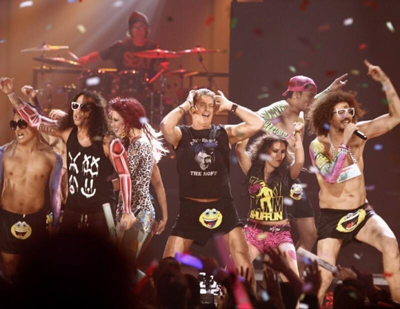 El ritmo del dúo LMFAO cerró con broche de oro la noche de los American Music Awards.