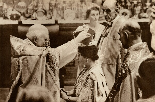 Coronation, Receiving the Crown of Glory - 12 May 1937