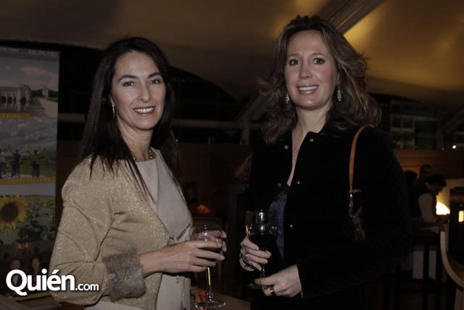 Alicia Fuentes y Claudia Otegui