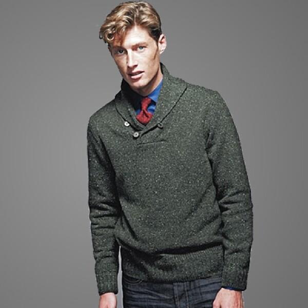 Para completar el look tenemos un chaleco y un saco de tweed Donegal en gris Oxford con dos botones, tejidos de punto en merino y casimir en colores llamativos.