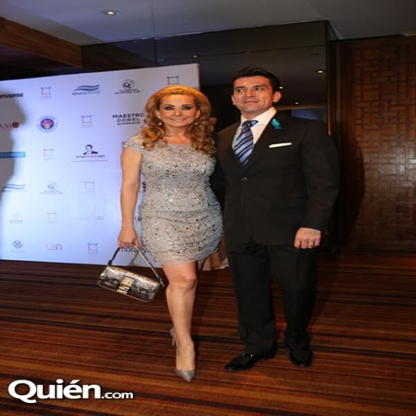 Elizabeth Álvarez,Jorge Salinas