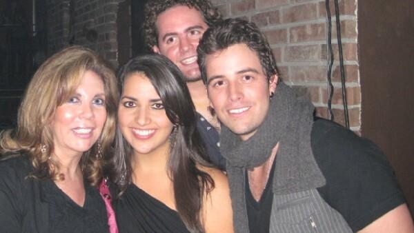 El cantante se presentó la semana pasada en Monterrey y tuvo lleno total en una de sus presentaciones, donde además fue inversionista de su show.