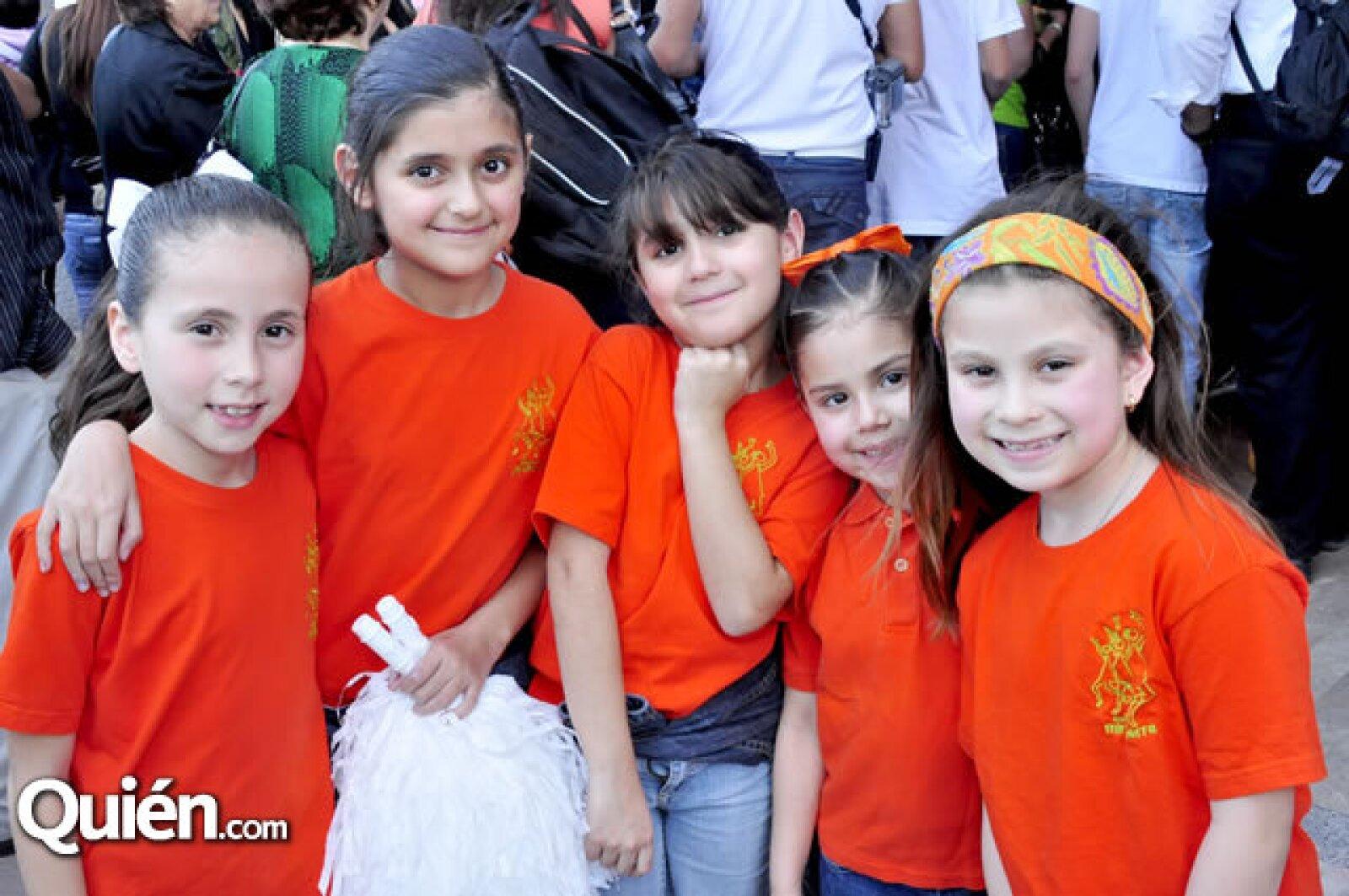 María Luisa Juárez, Arantza y Mariana Quijano, Daniela Vidales y Alexandra Argüelles
