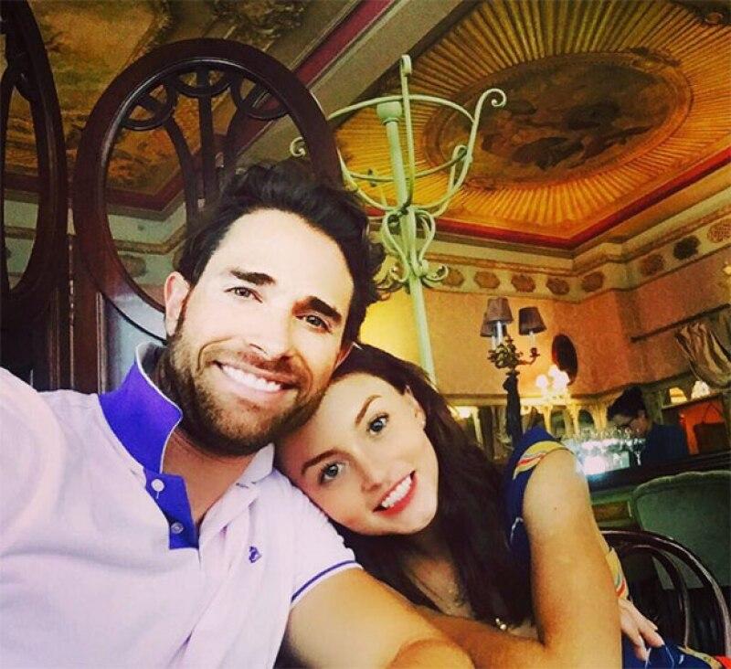 ¿Estas listo para incluir a Angelique y Sebastián en tus nuevas #RelationshipGoals? Ve este video.