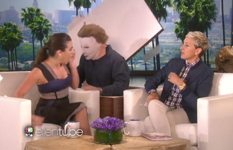 La actriz se dio cita en el programa para promocionar el inicio de 'Scream Queens'; al parecer, le hizo honor al nombre de su nueva serie.