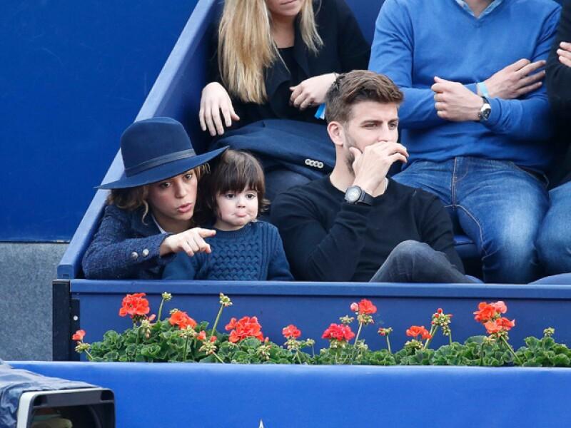 Desde que nació Sasha, la colombiana no había salido a divertirse con su hijo mayor y su novio, por lo que este fin de semana acudieron al abierto Conde Godó en Barcelona.