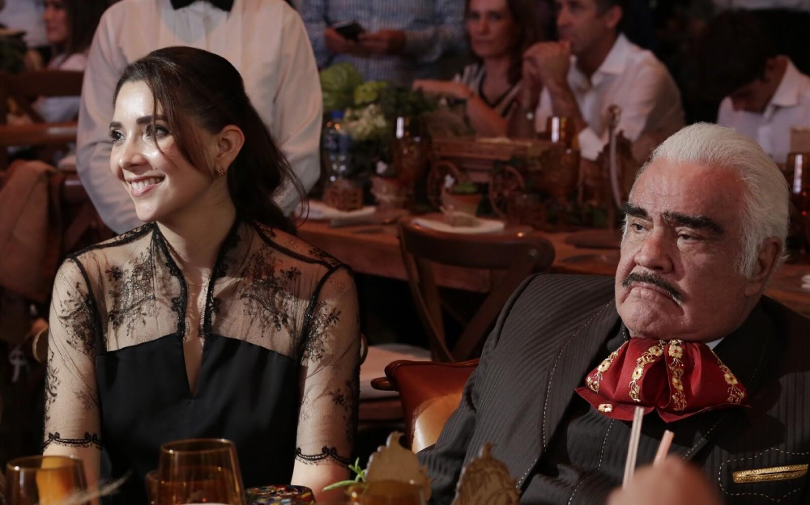 Alejandra Fernández y Vicente Fernández