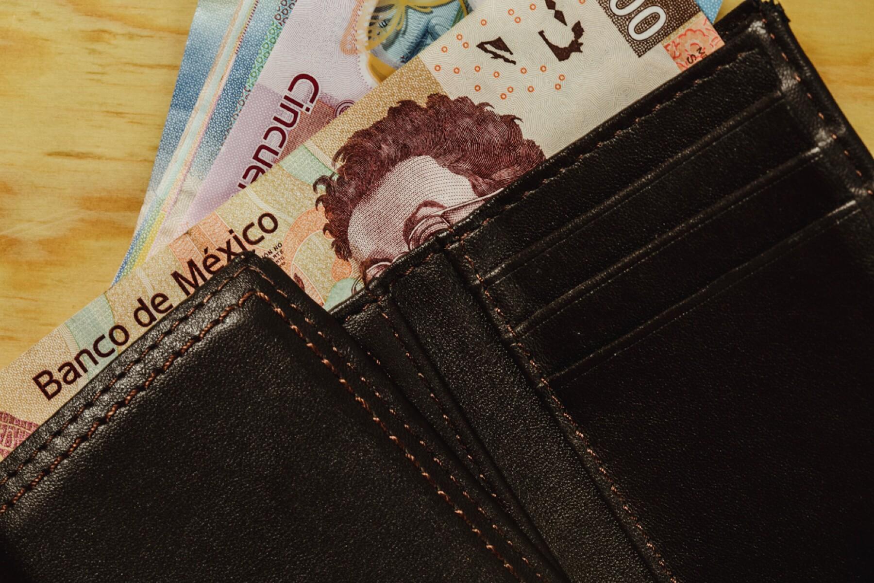 Banxico aumento salarial inflación política monetaria