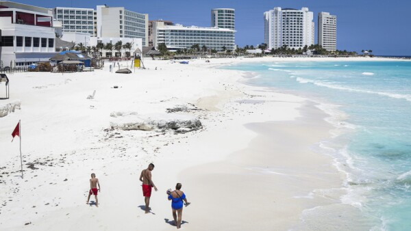 FILE PHOTO: Outbreak of the coronavirus disease (COVID-19), in Cancun, Mexico