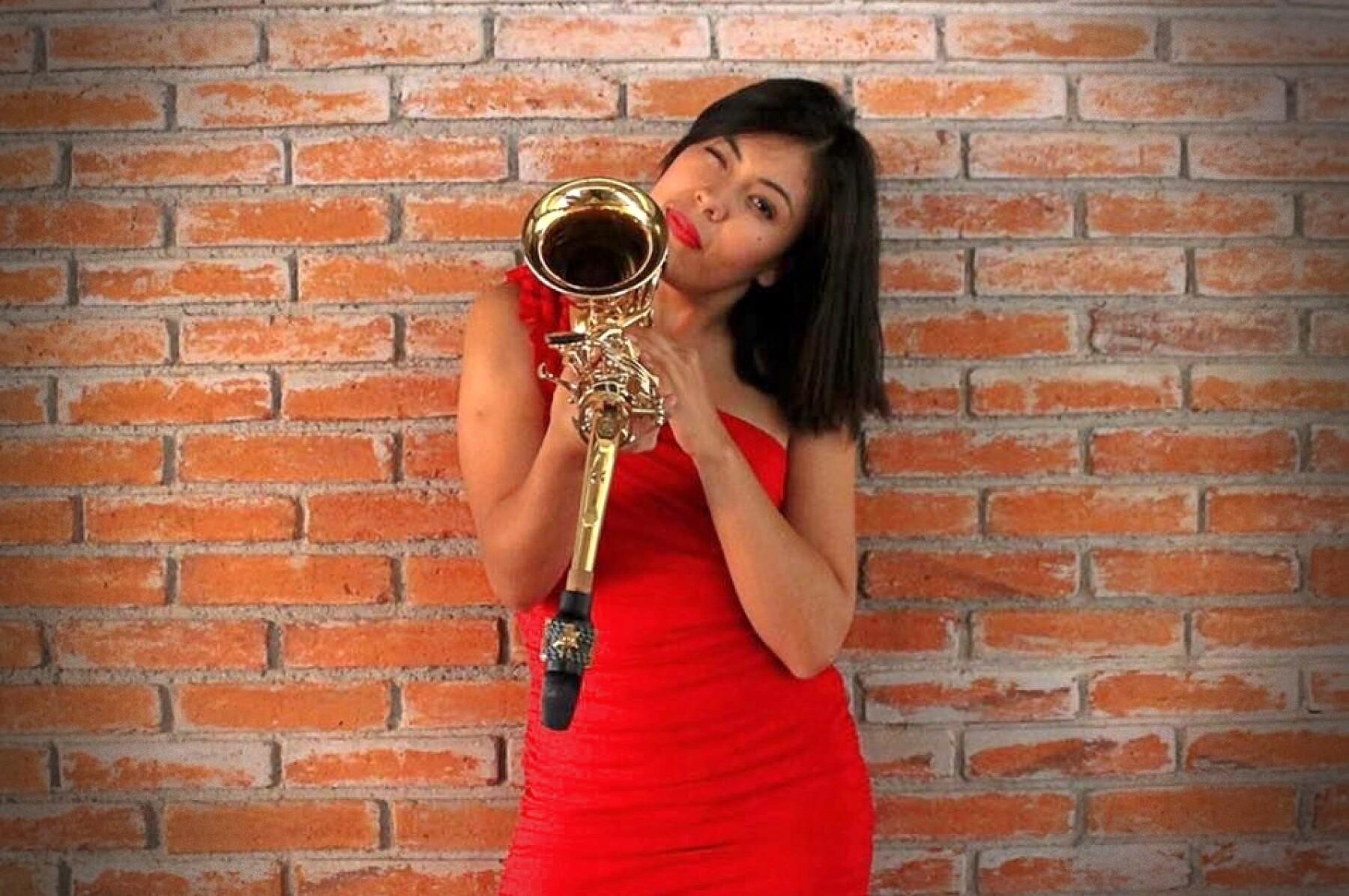 Maria elena ríos saxofonista